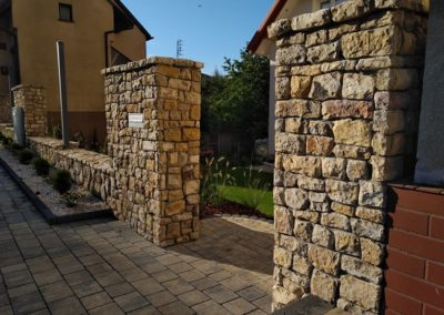 Ogrodzenia z kamienia naturalnego